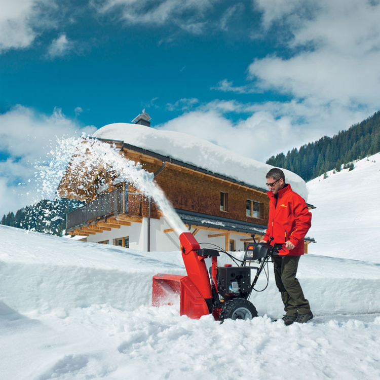 Мотоблоки для вспашки и уборки снега